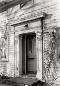 Clark Pratt Kernery house doorway featuring columns, and door mouldings.